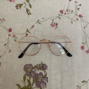 Accessories - faux glasses